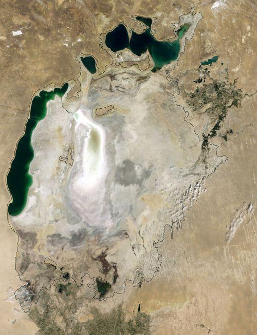Aral_sea_20090816_lrg.crop